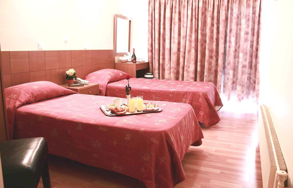 atina otel rezervasyonu