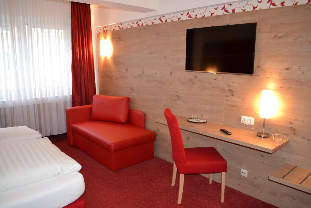 düsseldorf otel tavsiyeleri
