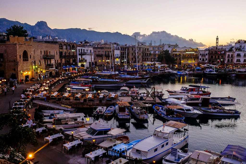 Girne Limanı Gece