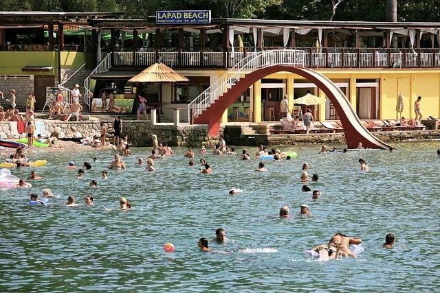 Lapad Plajı , Hırvatistan