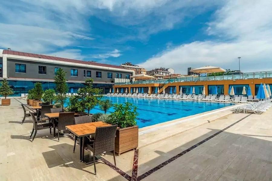 aydınoğlu hotel havuz
